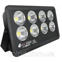 Прожектора, светодиодные панели. Прожектор ТМ LED недорого.