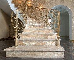 Итальянские изделия из мрамора: мозаика, ванны, плитка, столешницы,