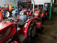 Yanmar, Iseki, Mitsubishi, Kubota купить мини трактора из Японии. Выгодная цена!