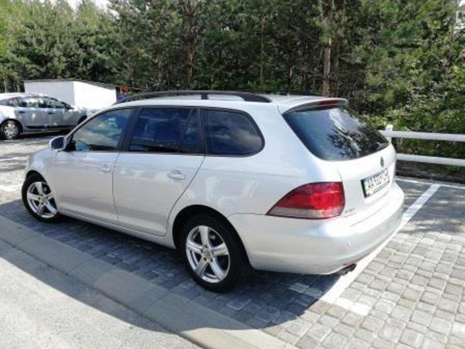 Продам Volkswagen Golf 2011 универсал в отличном состоянии - 2/8